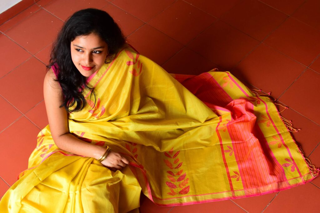 'World of Weaves', a travelling exposition featuring handcrafted designs from all over the country, will begin in Kottayam